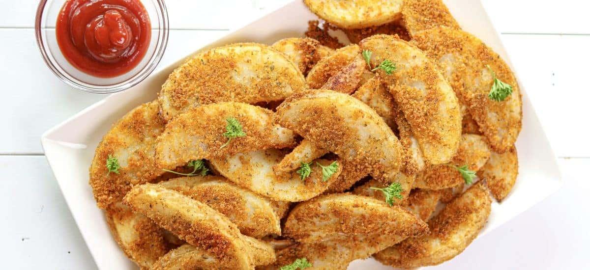 Crispy Baked Wedge Fries
