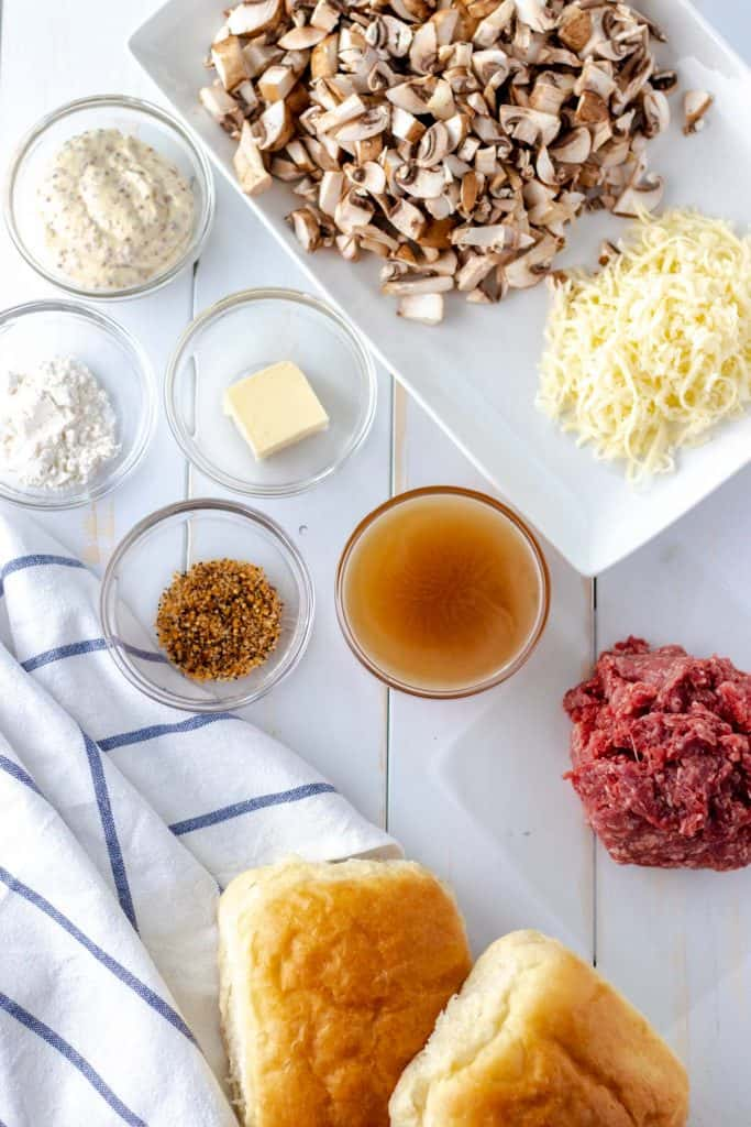 all of the ingredients to make steakhouse cheeseburgers