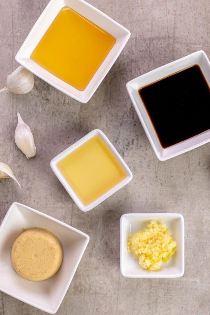all of the ingredients to make honey garlic sauce