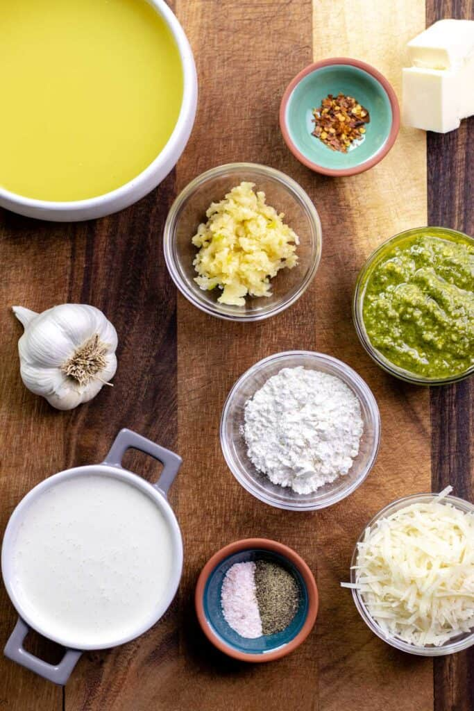 all of the ingredients that you will need to make this pasta