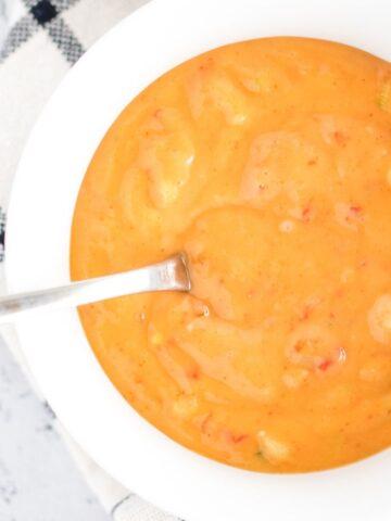 a bowl of prepared bang bang sauce